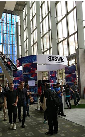 Entrada principal do Austin Convention Center preparada para o SXSW 2017 (Crédito: Igor Ribeiro)
